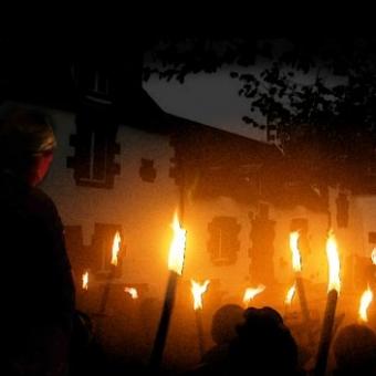 Balade contée aux flambeaux