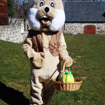 Mascotte chasse aux oeufs Veygoux Pâques 2017