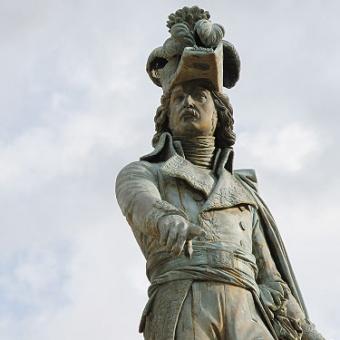 Statue général Desaix place de Jaude à Clermont-Ferrand