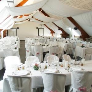 Salle de réception mariage au Manoir de Veygoux